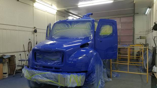 Here's a shot of the 2008 Freightliner after its initial coat of shiny blue paint was applied.